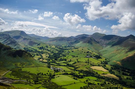 image-Rolling-landscape-England