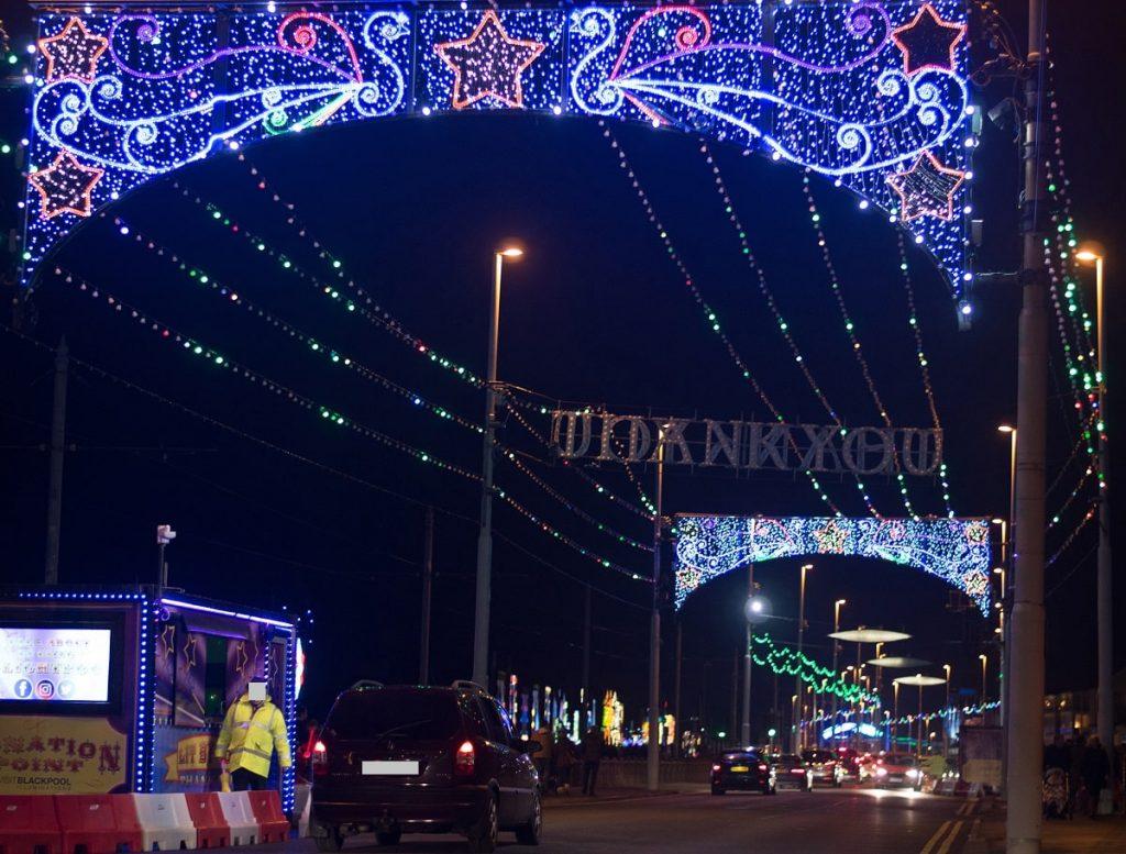 Blackpool-illuminations-2017-taken-at-night