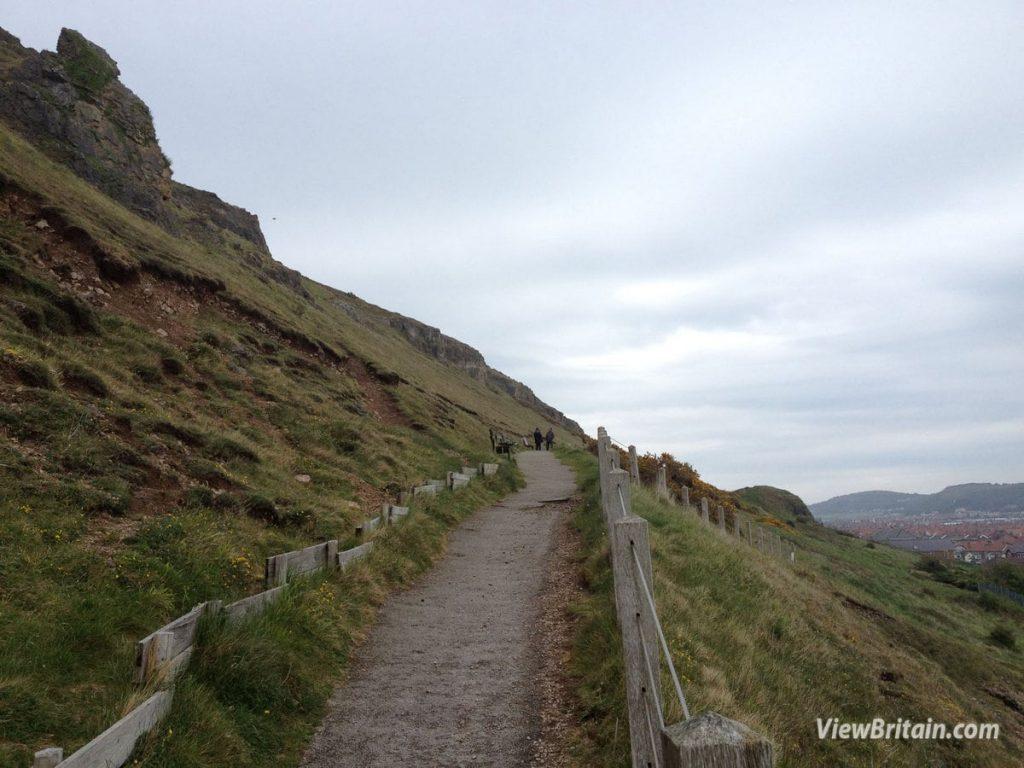 Haulfre-Gardens-Trail-Walk