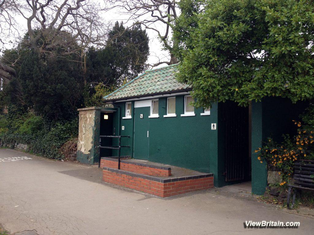 Public-toilets-at-Queen's-Promenade-Kingston