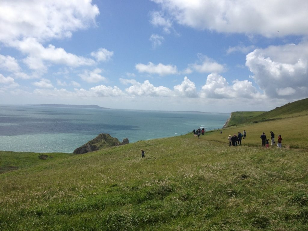 scenic-walk-to-durdle-door